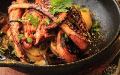 Polvo grelhado com batatas ao murro